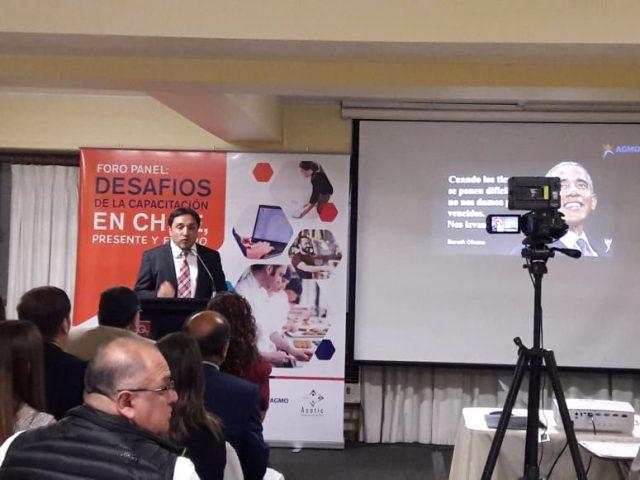 Presidente de AGMO, Carlos Linares